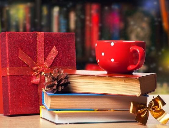 christmas-books-554x421