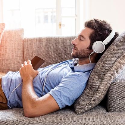 relaxation man headphones_ThinkstockPhotos-493688192_square